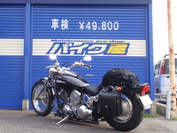 バイク屋にて�@